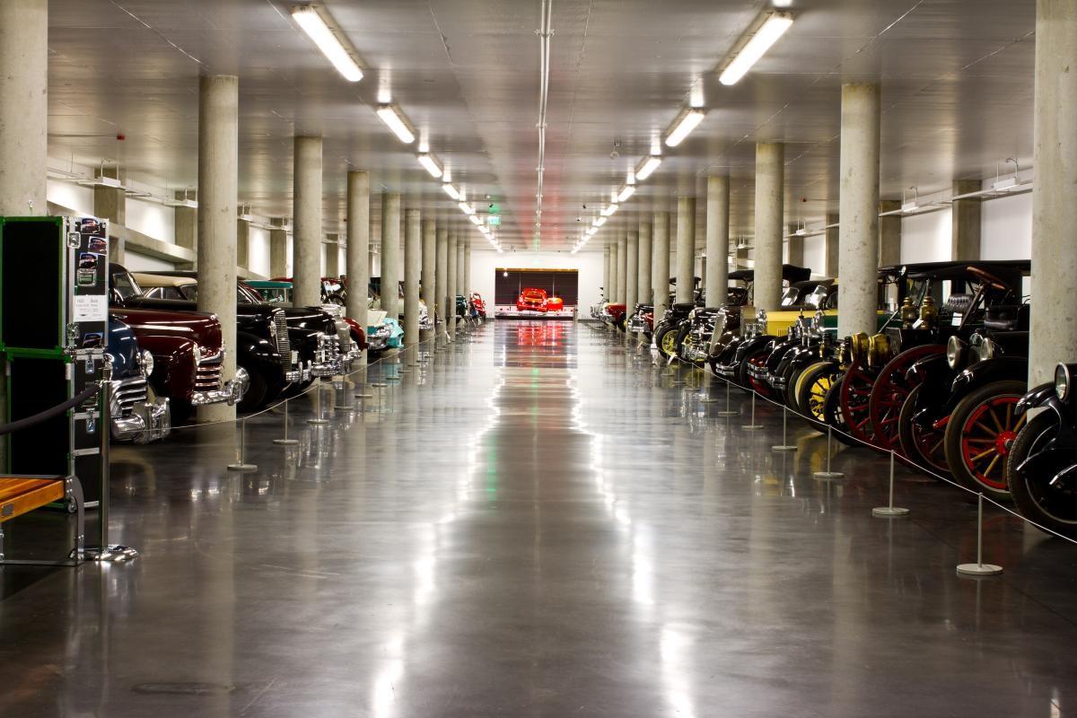 America's Car Museum - 4