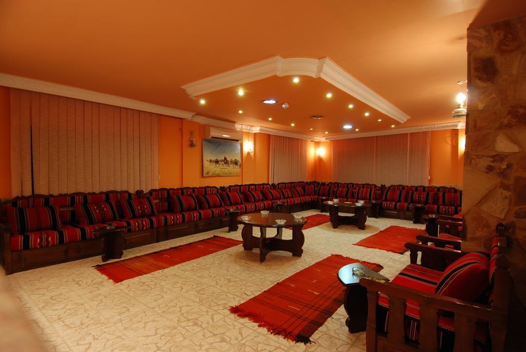 Al Rashid Hotel - 4