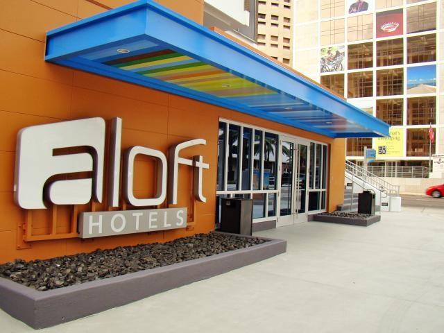 Aloft Tampa Downtown - 4