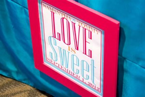 Love_is_Sweet_Sign.jpg