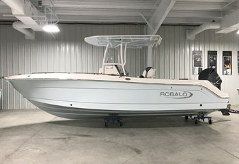 2020 Robalo R242 Explorer Ice Blue liquid-unknown-field [type] Boat