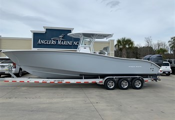 2020 Cape Horn 31T Whisper Gray/**New 70-gallon livewell** #31383 Boat