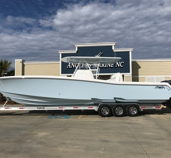2019 Invincible 39 New Boat