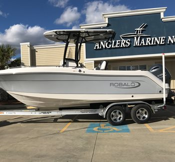 2019 Robalo R222 Alloy Grey New Boat